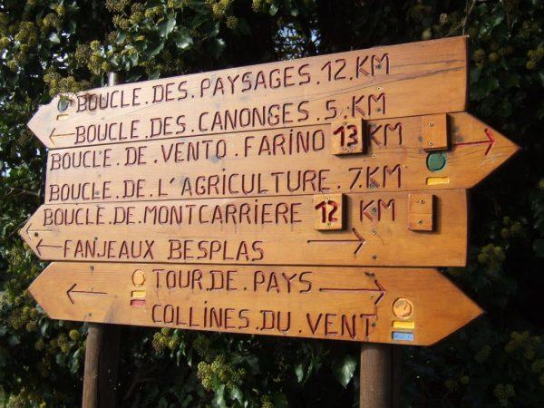 panneaux-pancarte-tourisme-chemins-rando-randonnee